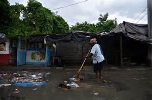 devastation-in-haiti-1