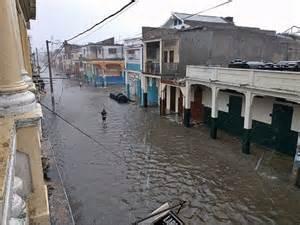 devastation-in-haiti-2